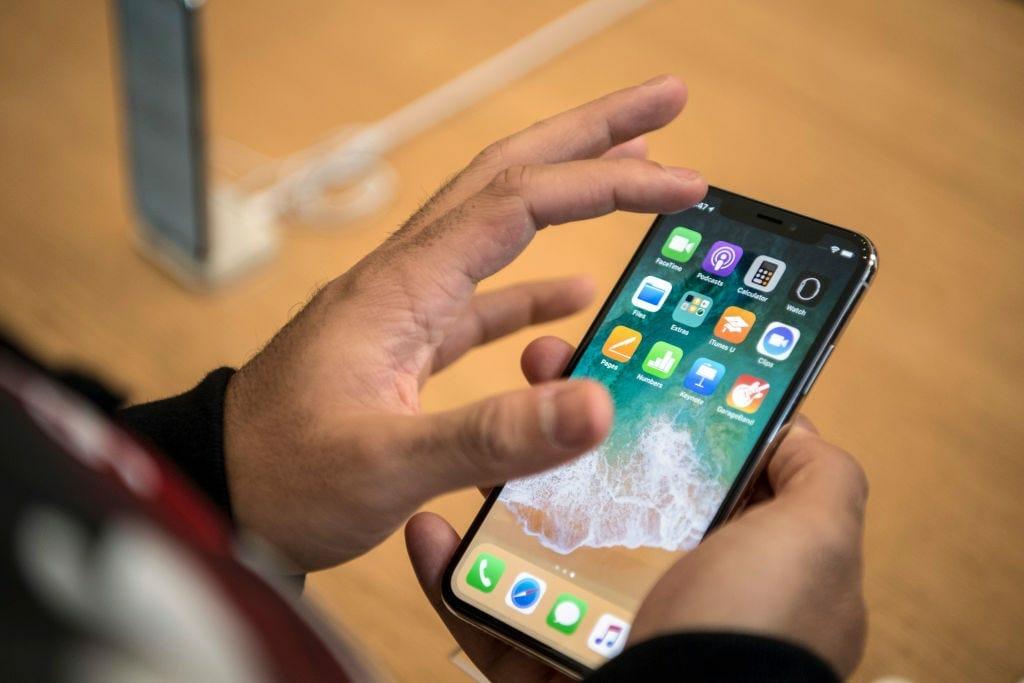 Cách quay màn hình iPhone có tiếng mà ai cũng có thể làm được