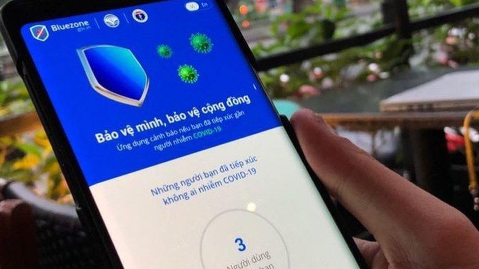 Bluezone là gì, nó có theo dõi người dùng và gây tốn pin điện thoại không?