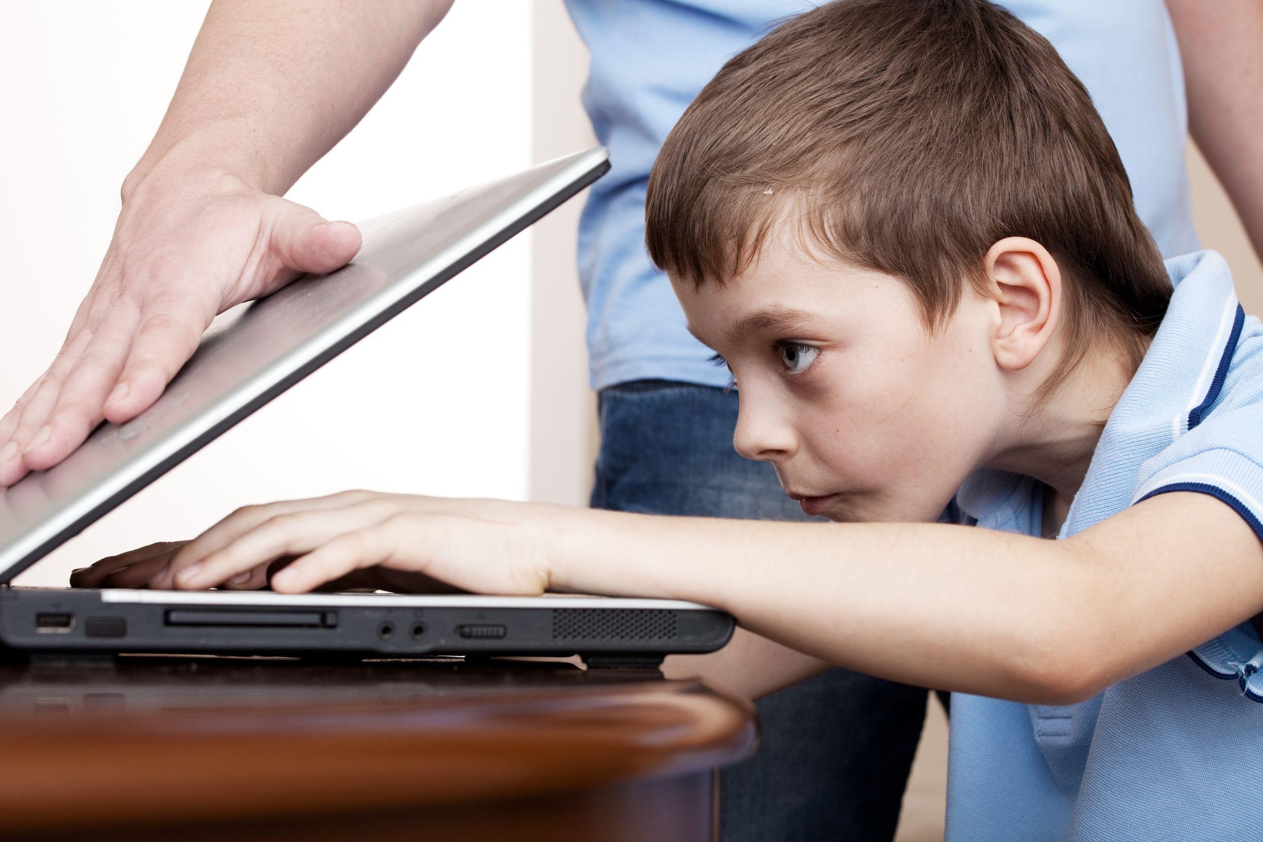 Cách xóa game trên máy tính phụ huynh nên biết để kiểm soát con cái 4