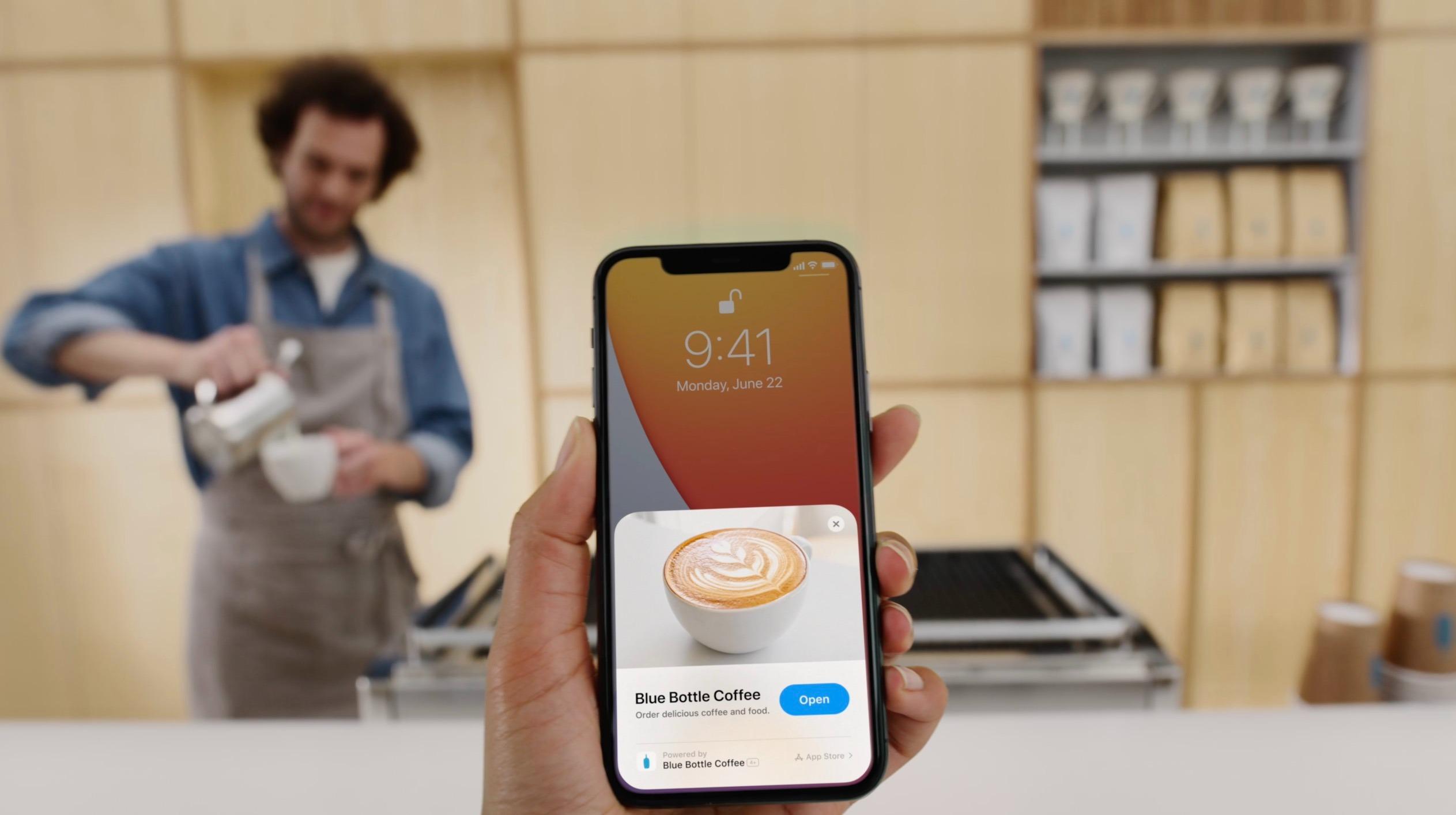 Cách làm video trên iPhone bằng app Clips có sẵn.