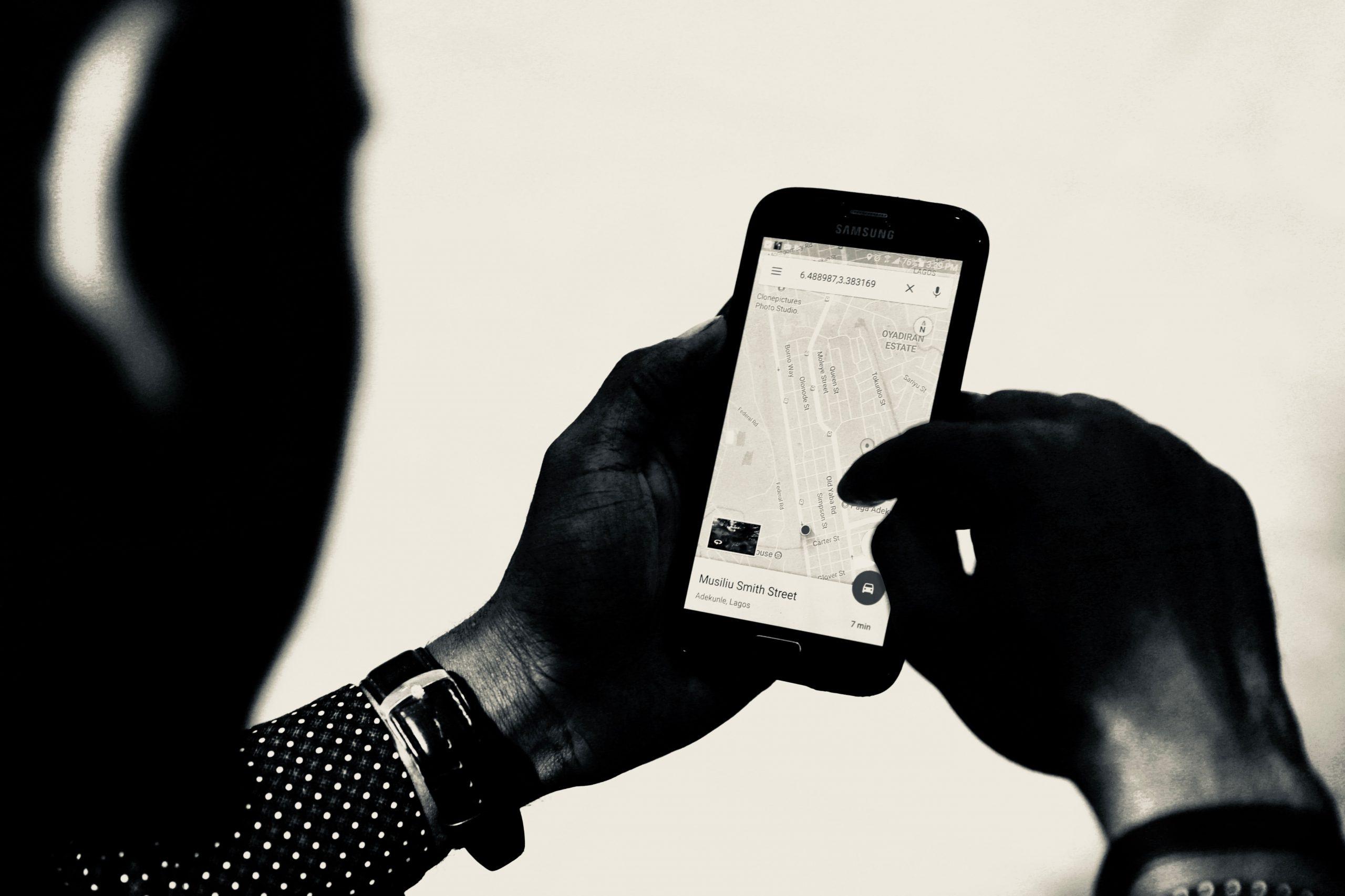 Cách phát hiện iPhone của bạn có bị theo dõi hay không