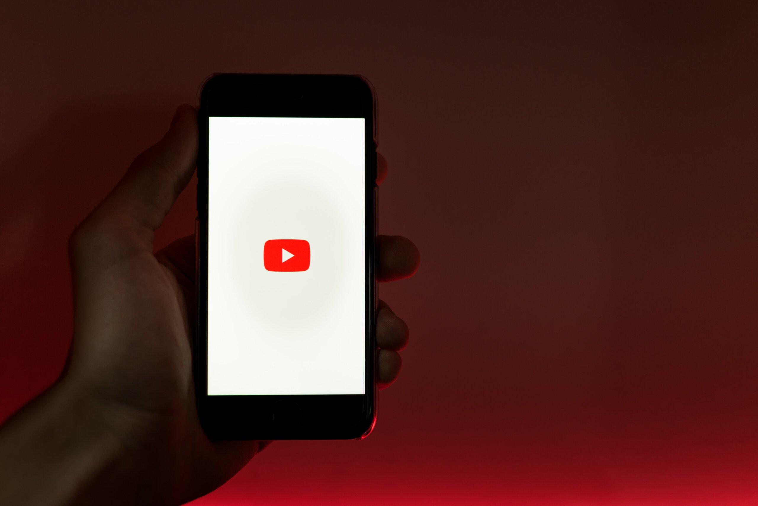 Cách đăng nhập YouTube trên điện thoại ai làm cũng được