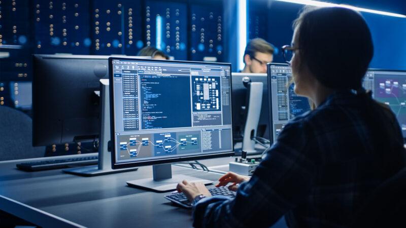 Khoa học máy tính là gì? Cơ hội đang lên không thể bỏ qua
